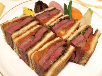 和牛フィレ肉サンドイッチ